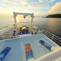 Дайвинг-сафари на Кокосе, судно Argo, открытая палуба