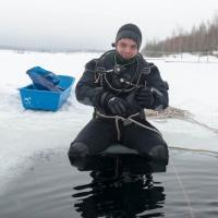 Спас-Каменка, подледный дайвинг. Владимир Витриченко