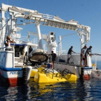 Дайвинг-сафари на Кокосе, судно Argo, спуск глубоководного аппарата