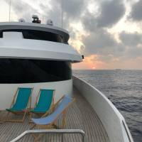 Яхта Neo для дайвинг-сафари в Египте на Красном море. Закат с палубы. Фотобанк RuDIVE