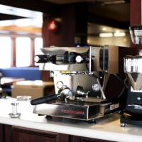 Яхта Socorro Vortex, кофемашина для пассажиров дайвинг-сафари