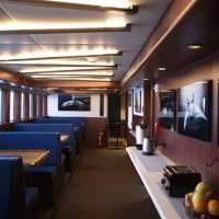 Яхта Socorro Vortex, обеденный зал